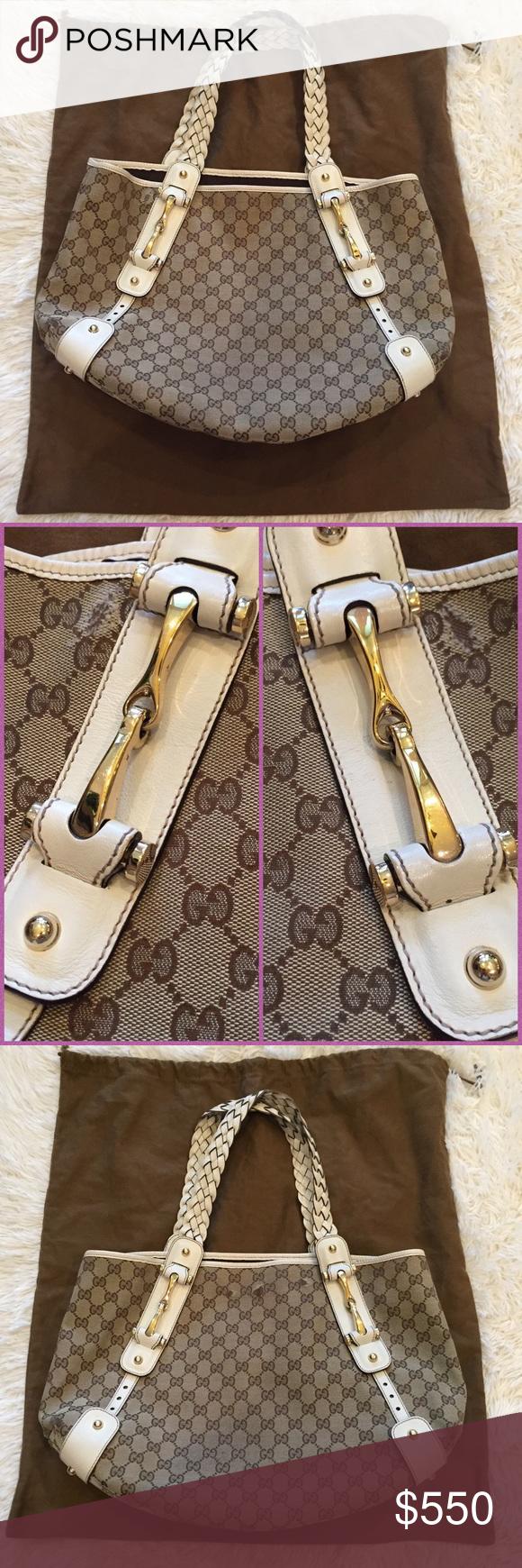 fc1e1944665dd9 Gucci Monogram Medium Pelham Shoulder Bag Gucci Medium Pelham shoulder bag  in brown/tan GG