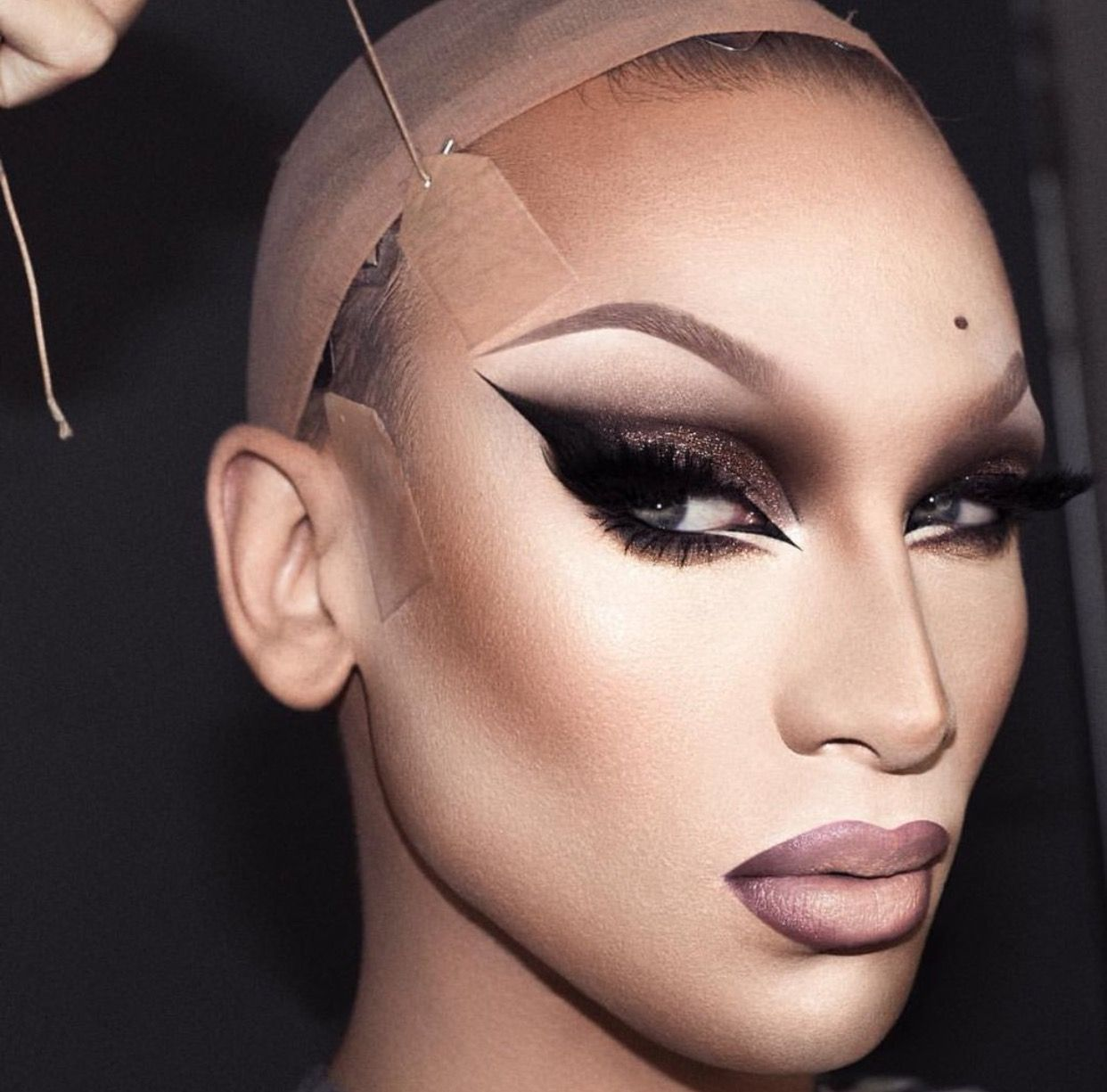 Pin on Drag queen makeup