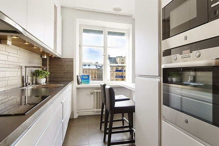 Long Kitchen Design Ideas Long Narrow Kitchen Ideas Long Narrow