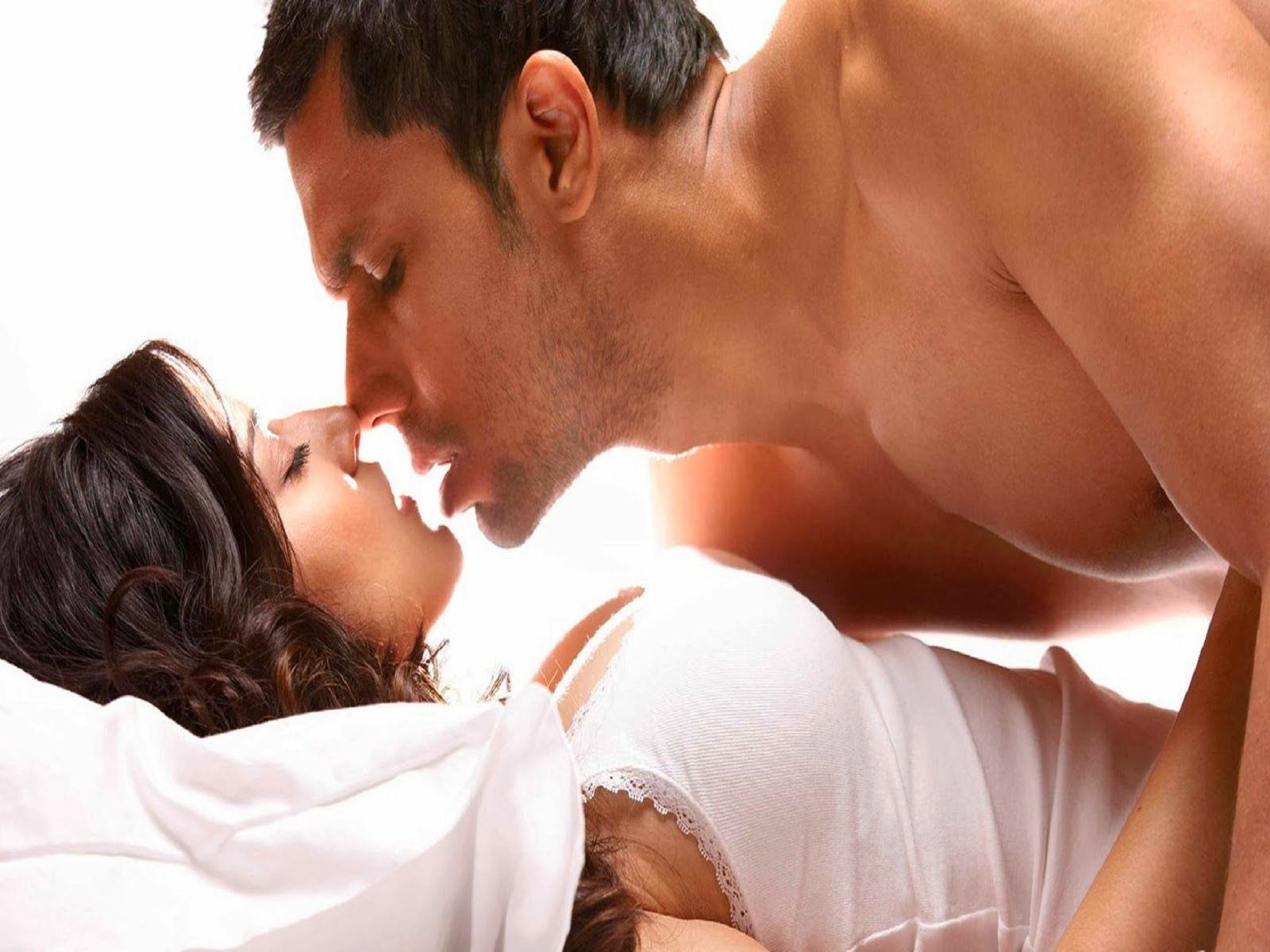 Woman womb sex kissings