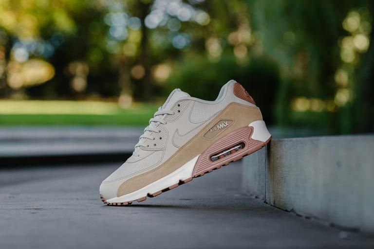finest selection 99a6d 202ad Product Name  Nike Air Max 90 WMNS 325213-046 Specifications  Vibe out with  the latest 90 s, rocking natural tones of Light Bone   Mushroom which  creates a ...
