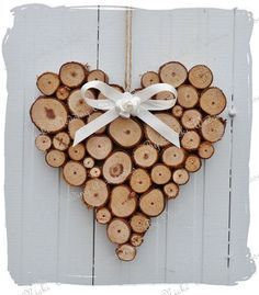 Ähnliche Artikel wie Große rustikale Herz Hochzeit Blockhaus-Dekoration auf Et...