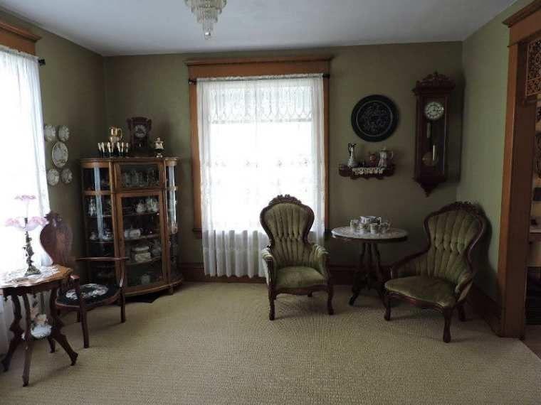 1900 U2013 Decorah, IA U2013 $365,000   Old House Dreams