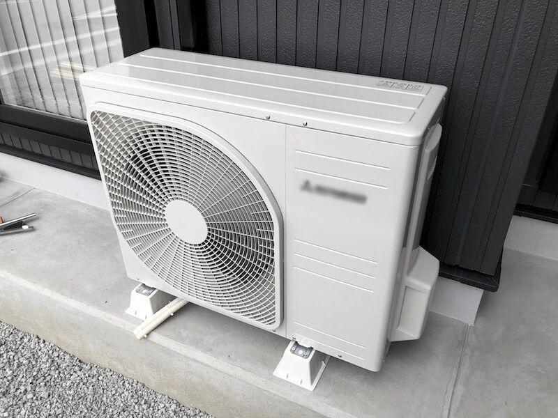 エアコン室外機がオシャレに変身 木製エアコン室外機カバーの作り方