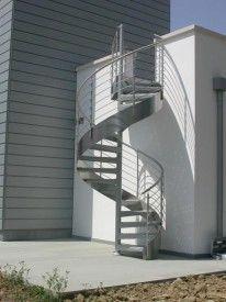 Escaleras de caracol para el exterior reciclad for Como trazar una escalera de caracol de concreto