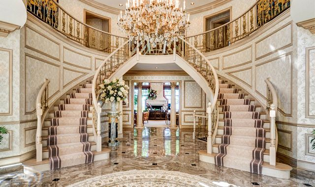 Luxury Home Foyer : What luxury buyers want in today s market « northwest quarterly