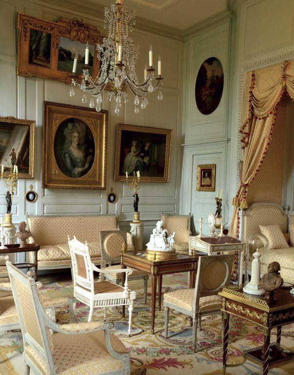 Chateau de digoine int rieur xviii me pinterest for Interieur 1920