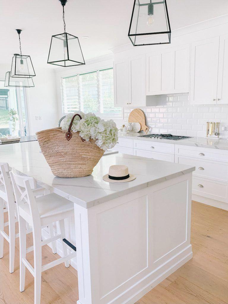 Real homes: Classic Queenslander meets Hamptons chic - #whitekitchen