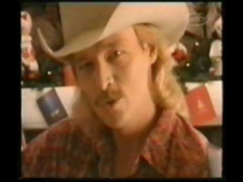 Alan Jackson I Only Want You For Christmas Alan Jackson Christmas Music Videos Xmas Music