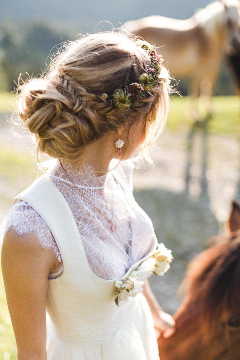 Heiraten Im Dirndl Brautfrisur Frisur Hochzeit Hochzeitsfrisuren