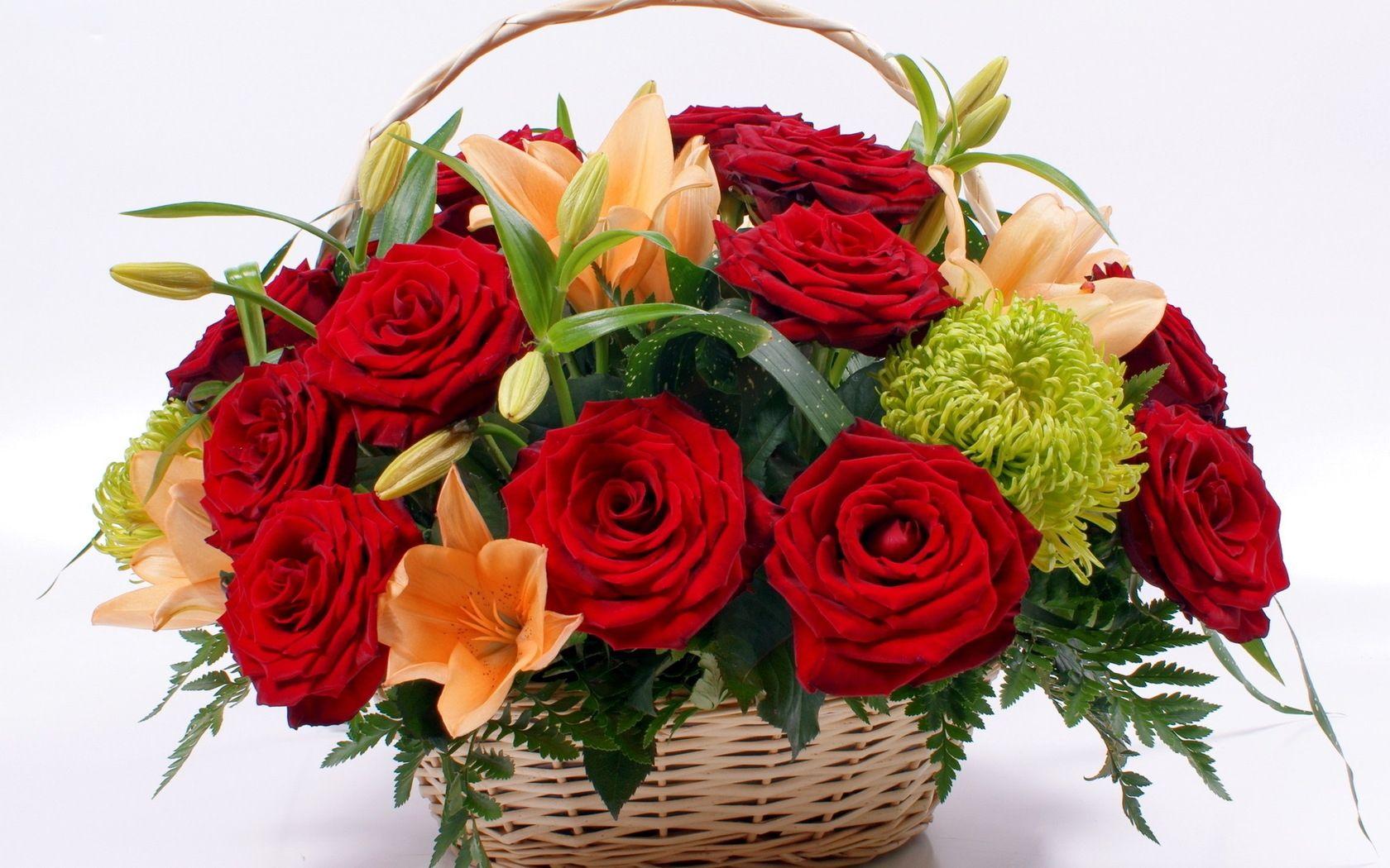 4 beautiful flower bouquets - 4 gyönyörű virágcsokor - Megaport ...