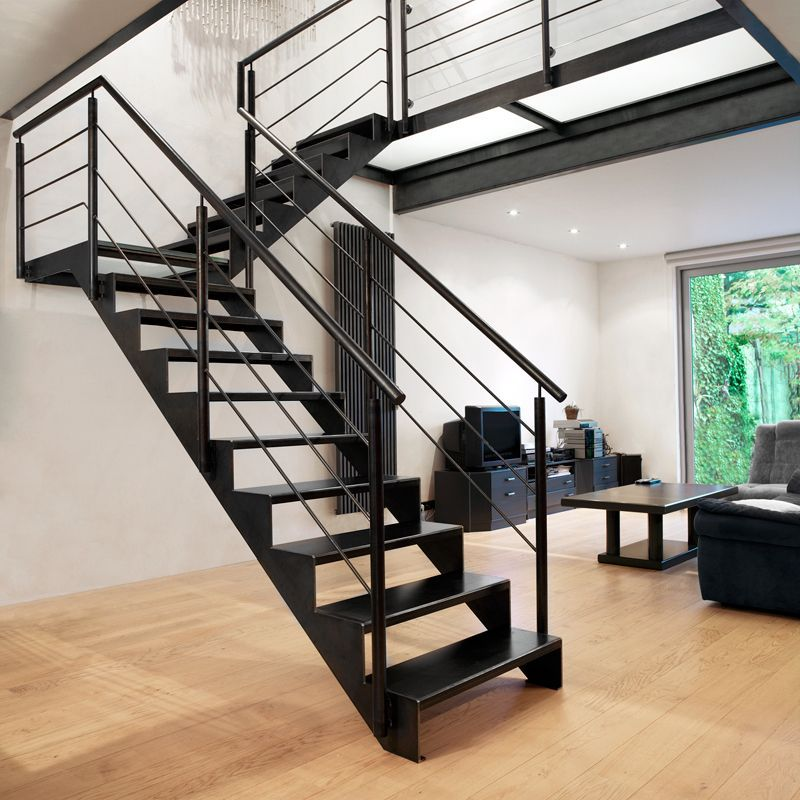 Stalen trap google zoeken idee n voor het huis pinterest staircases lofts and loft stairs - Huis trap ...