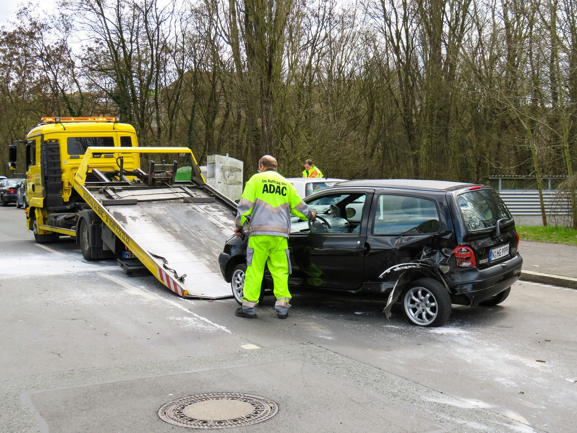 Cheap Roadside Assistance Plans Aid Stranded Drivers