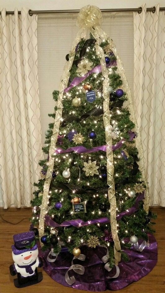 I love my Baltimore Ravens so this year I decided to do a Christmas
