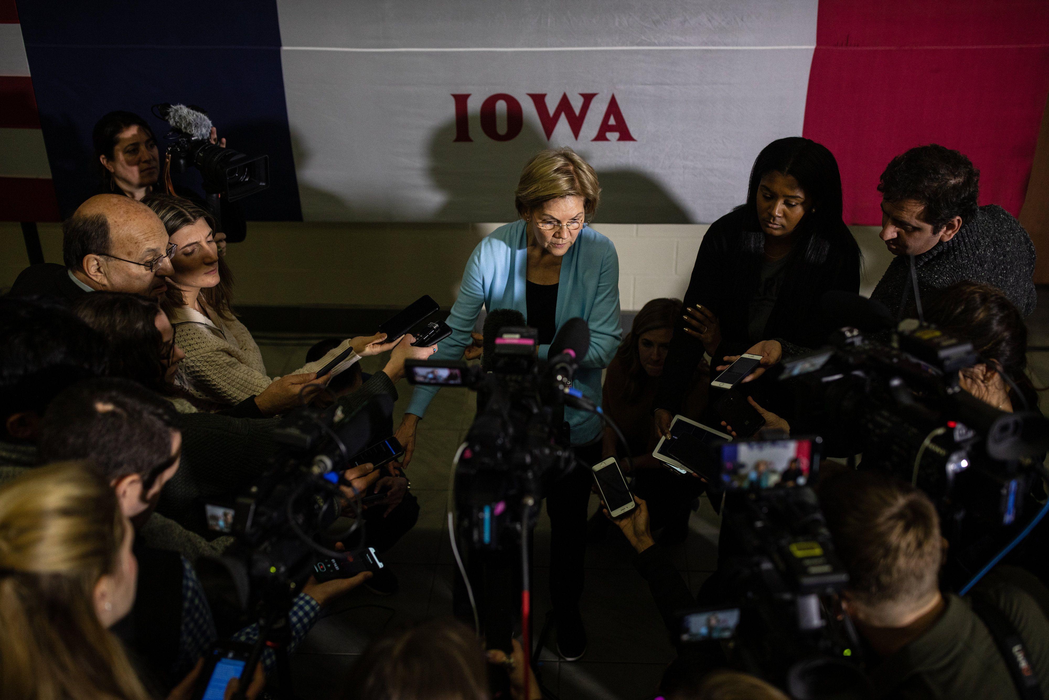Elizabeth Warren Says Bernie Sanders Sent Volunteers Out