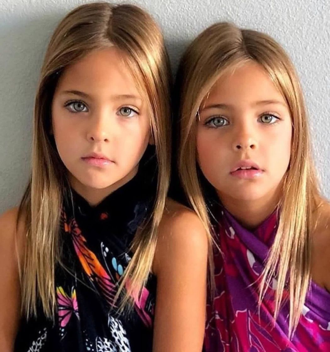 most beautiful twins in the world - HD 1080×1080