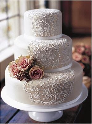 ADORED VINTAGE 10 Vintage Inspired Wedding Cakes Cake Toppers