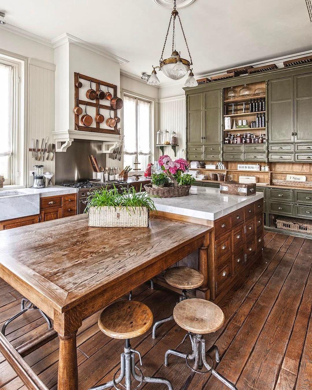Paolo Badesco E Quin Rivista By Undicilandia Brescia Www Undicilandia It Www Quinrivista It Interi Rustic Kitchen Design Rustic Kitchen Country Style Kitchen