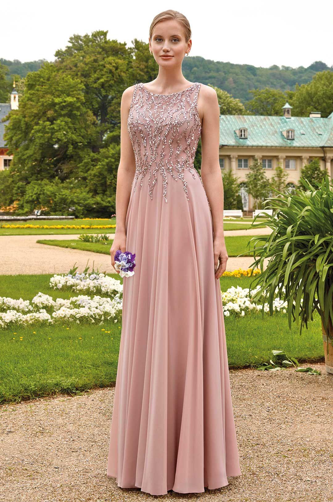 Pin Von Brautmoden Tirol Auf Ball Und Festmode 2020 In 2020 Abendkleid Mode Brautmode