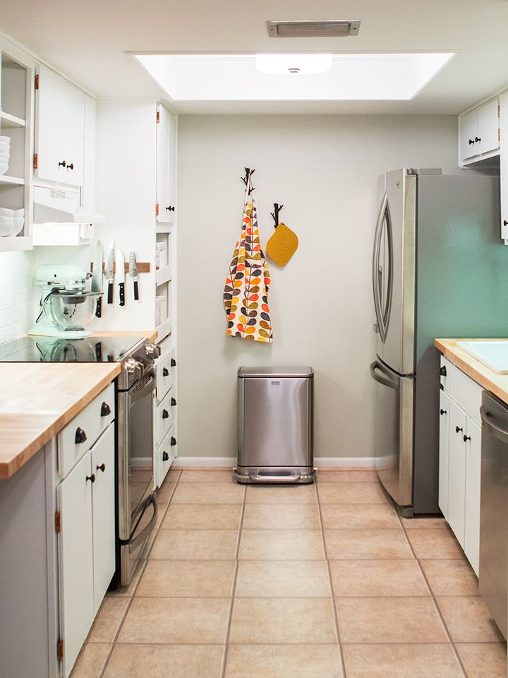 Diy small galley kitchen remodel galley kitchens for Updated galley kitchen photos