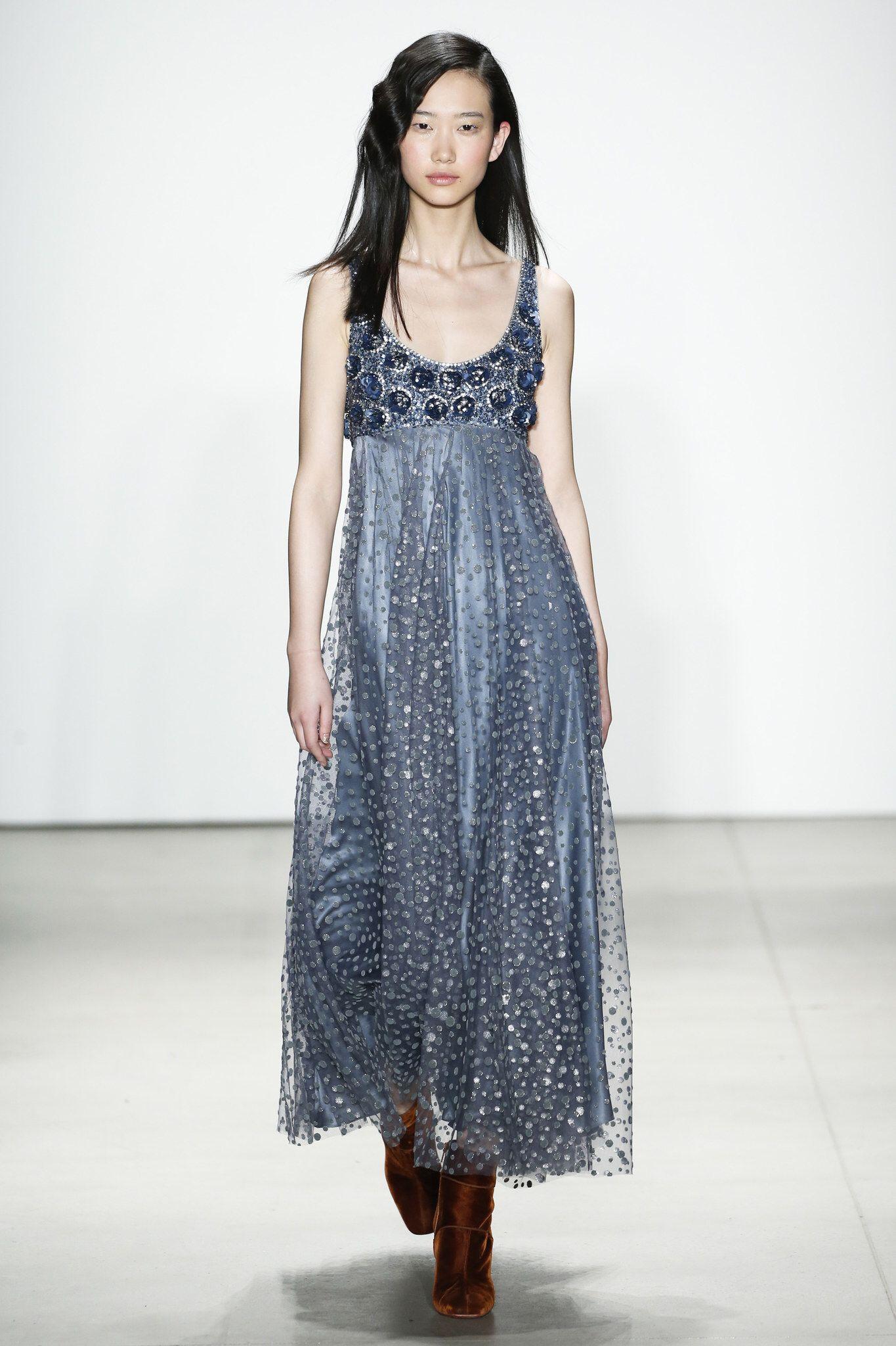 bd9200eb45e9 Jenny Packham Fall 2016 Ready-to-Wear Fashion Show