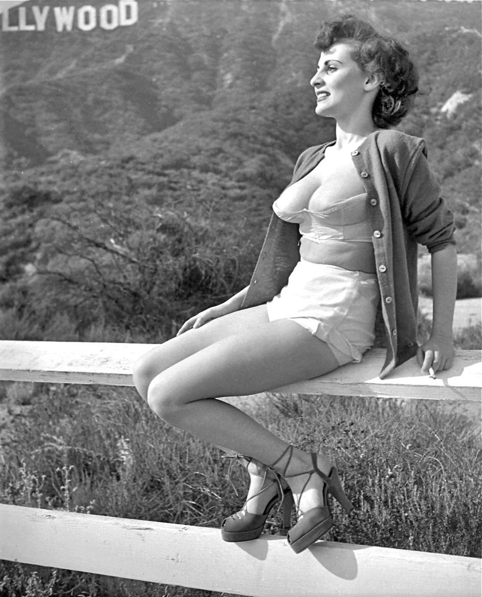 Hollywood Hills And Retro Lingerie
