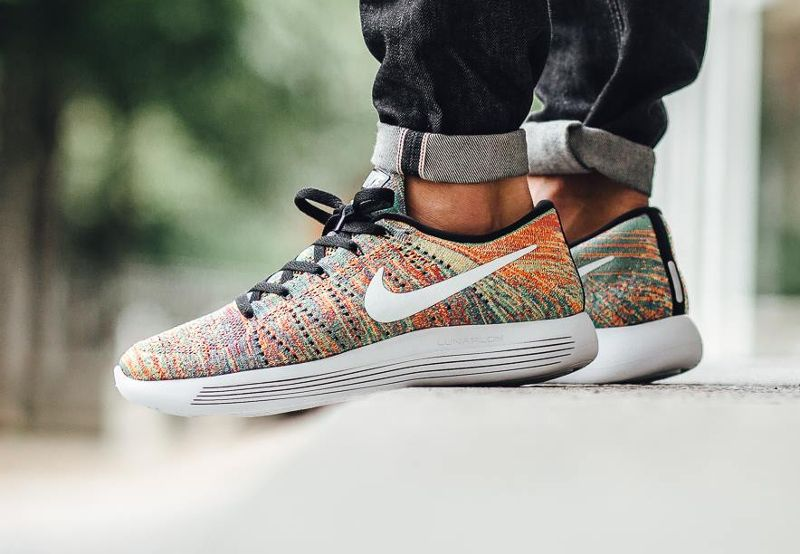 nike homme multicolor