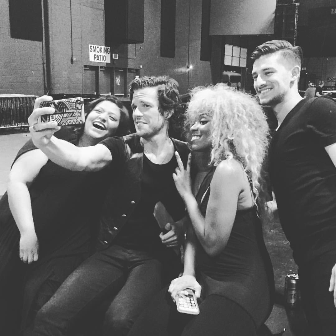 Cute Shot Of Some Of The Brandon Flowers Tour Family The Killers