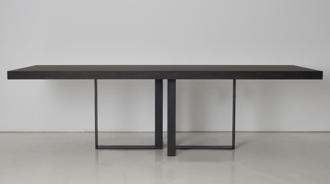 Saint malo table interni edition tables table for Interni furniture