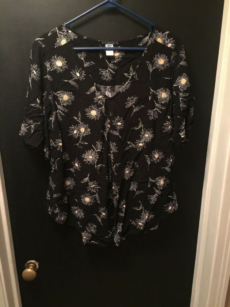 5ee6b685ea036 Old Navy Maternity Blouse Black Floral Size L Euc #fashion #clothing #shoes  #