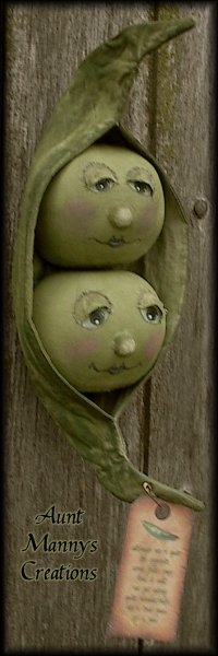 PatternMart.com ::. PatternMart: Aunt Mannys Two Peas In A Pod Doll Pattern ~ PM
