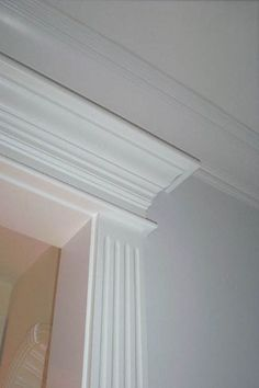 Image Result For Millwork Details Lutyens Low Ceiling Door Head Meets Ceiling Crown Moldings And Trim Low Ceiling Beach Living Room