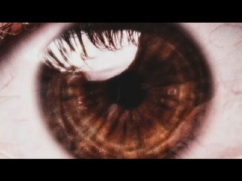 How to Photograph the Eye, Iris or Pupil of a Human : Photography Lessons - YouTube