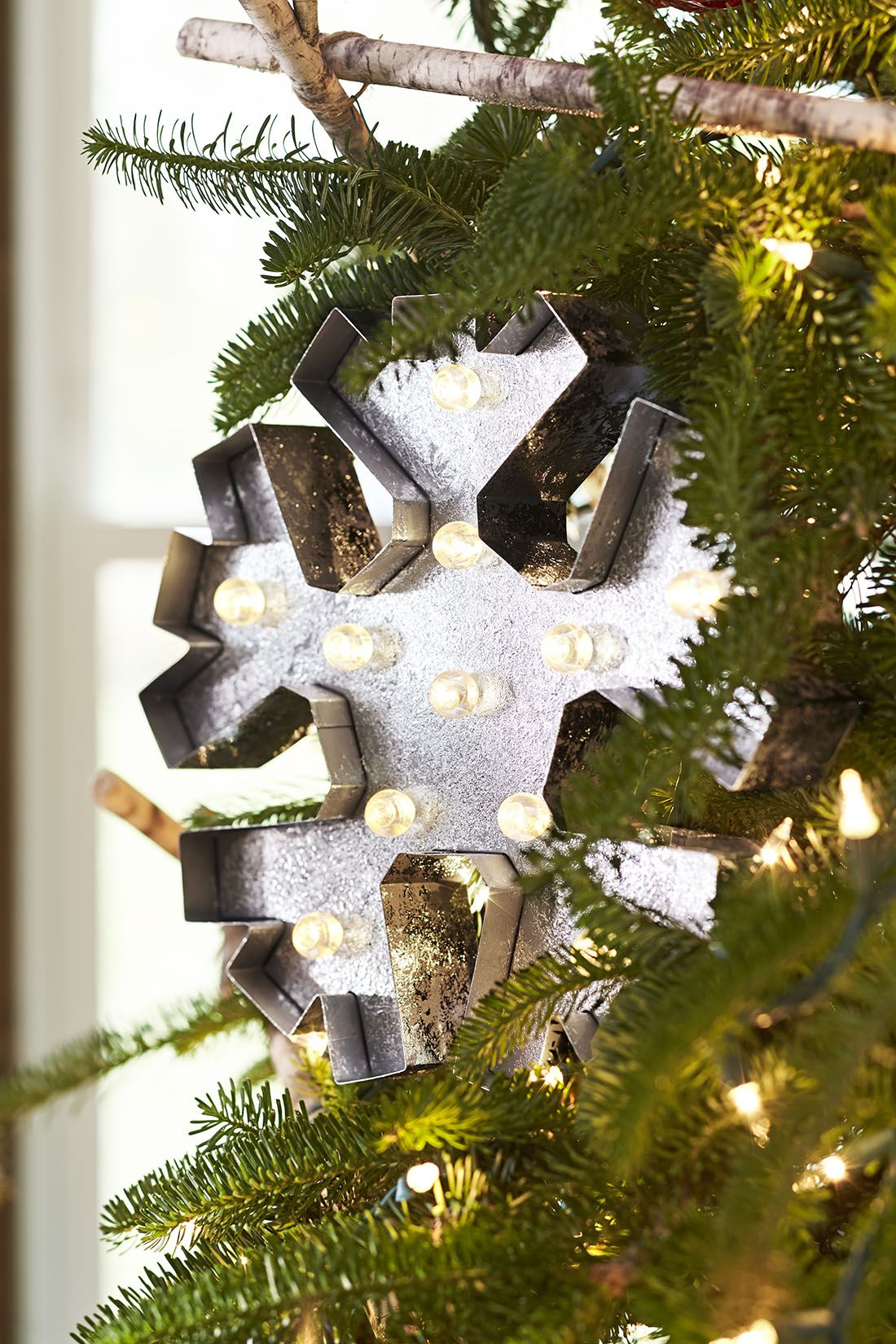 Holiday Ideas For Living Rooms Big Christmas Tree Holiday Decor Hanukkah Decorations