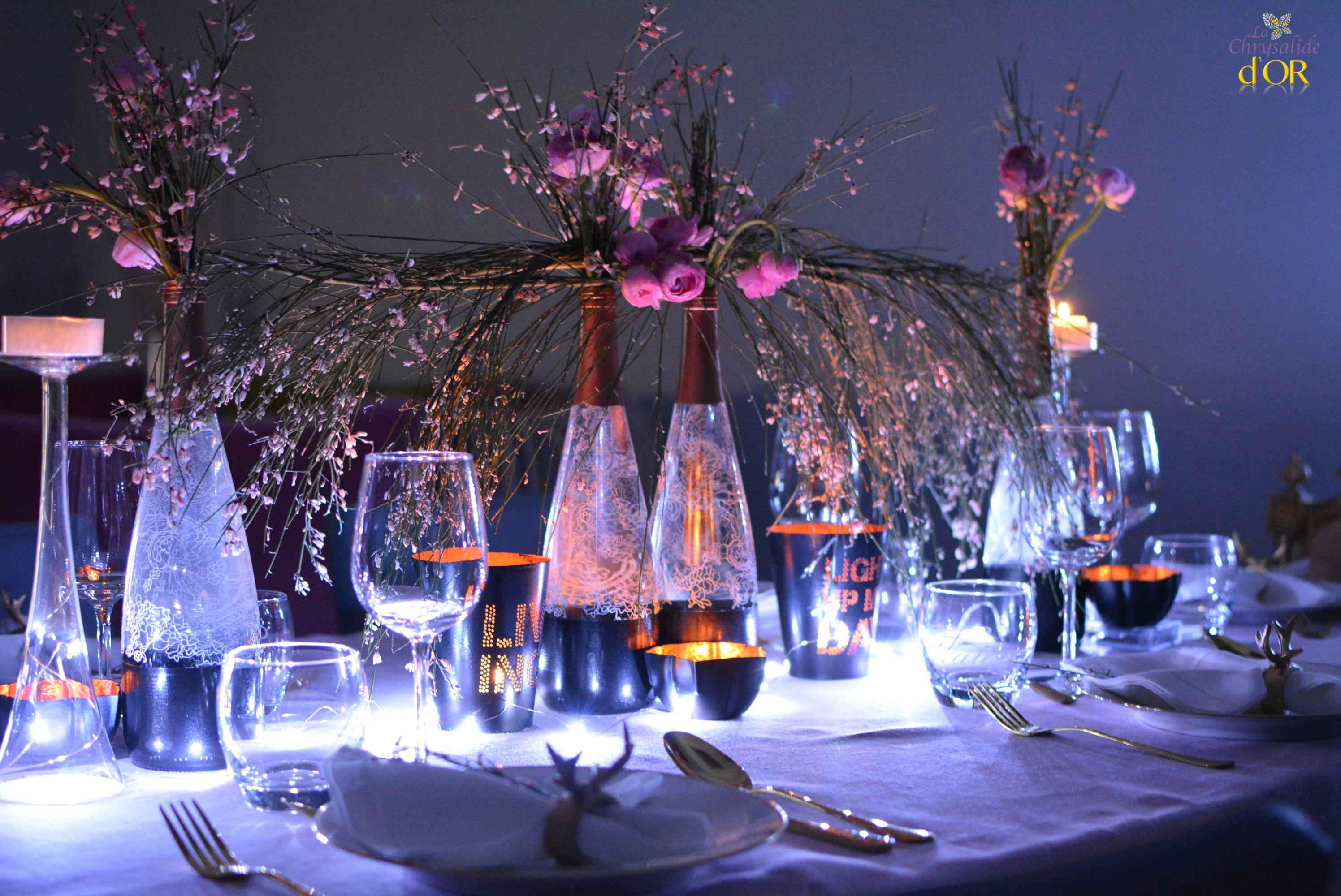 d coration cuivr d coration table de noel cuivr e et noir nappe rose poudr d coration tables. Black Bedroom Furniture Sets. Home Design Ideas
