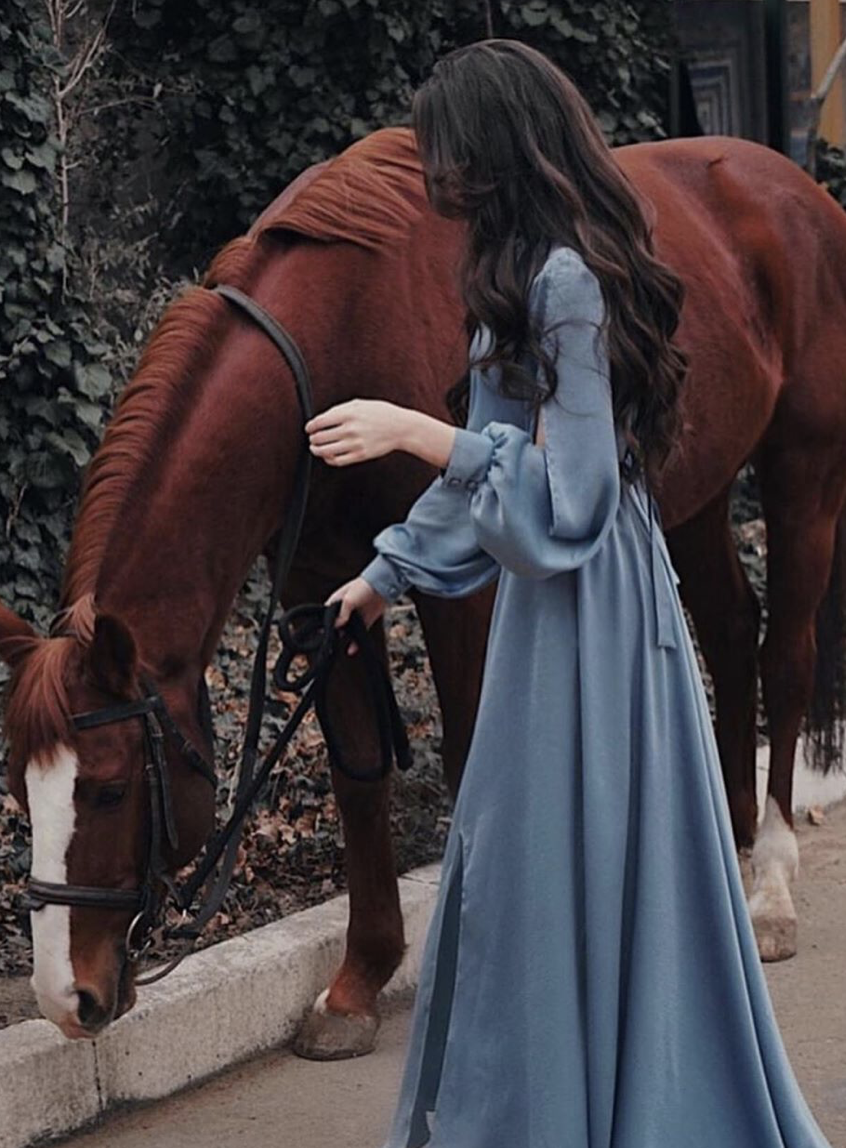Pin By Shanza Anjum On خيل Stylish Girl Pic Girl Photo Poses Horse Girl Photography