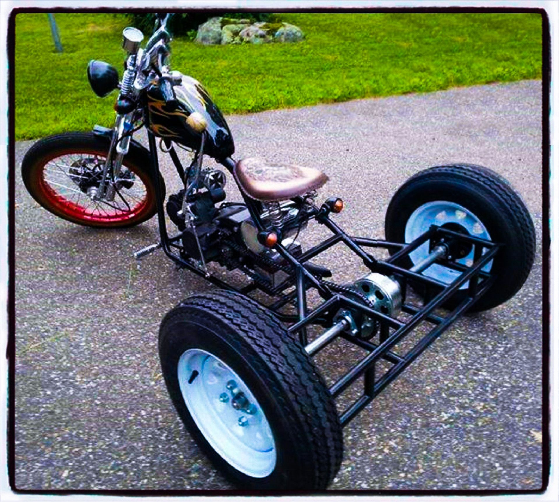 bobber trike this cool bikes the rules hk i kikker 5150 hardknock bobber a trike conversion