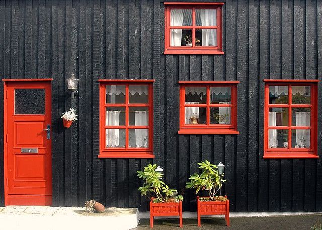 Black House with Orange-Red Windows and Door: Old Town, Tórshavn, Faroe Islands / photo by _Zinni_