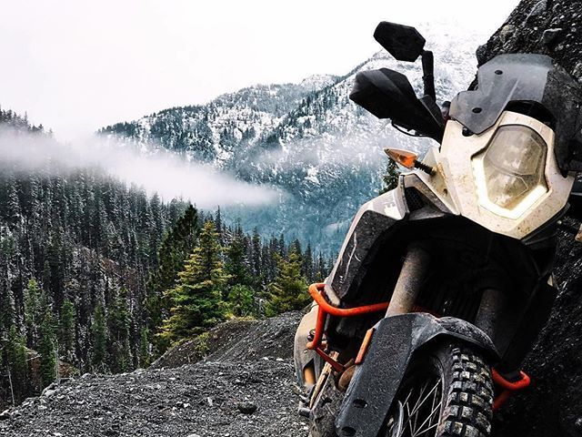 @zac_reeves taking big bikes where they don't belong just for crappy views like this one. #pnwdualsport