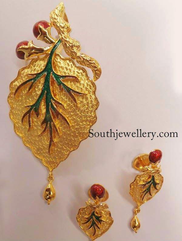 South Jewellery Leaf Design Pendant Set Southjewellerycom