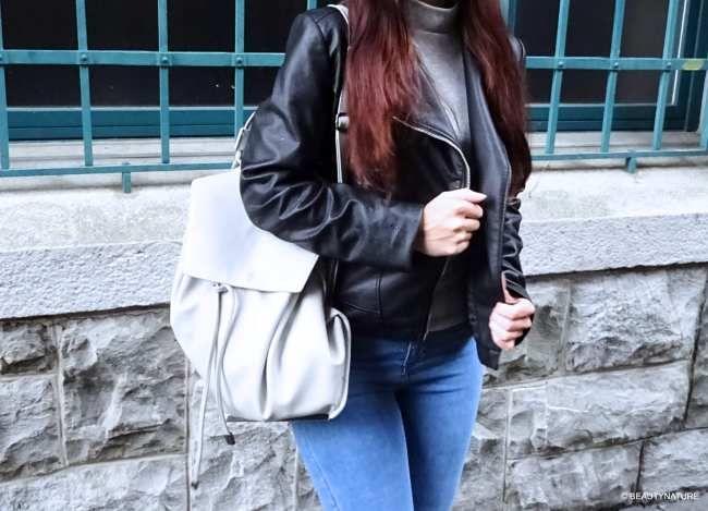 In meinem Outfit kombiniere ich heute zwei Kleidungsstücke, die immer passen und nie aus der Mode kommen. Jeans und Lederjacke. Liebt ihr diese Teile auch so sehr wie ich?    http://www.beautynature.ch/outfit-jeans-and-leatherjacket/   ---------------------------------------------------------------------------------------------------------------------------   In my outfit I combine today two fashion pieces that always fit and will never be oldfashioned: blue jeans and leather jacket.