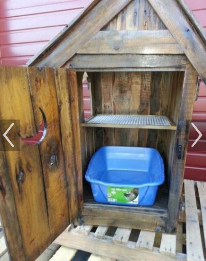 Pin By Sarah Davis On Cathouses Cat Litter Cabinet Wood Pallets