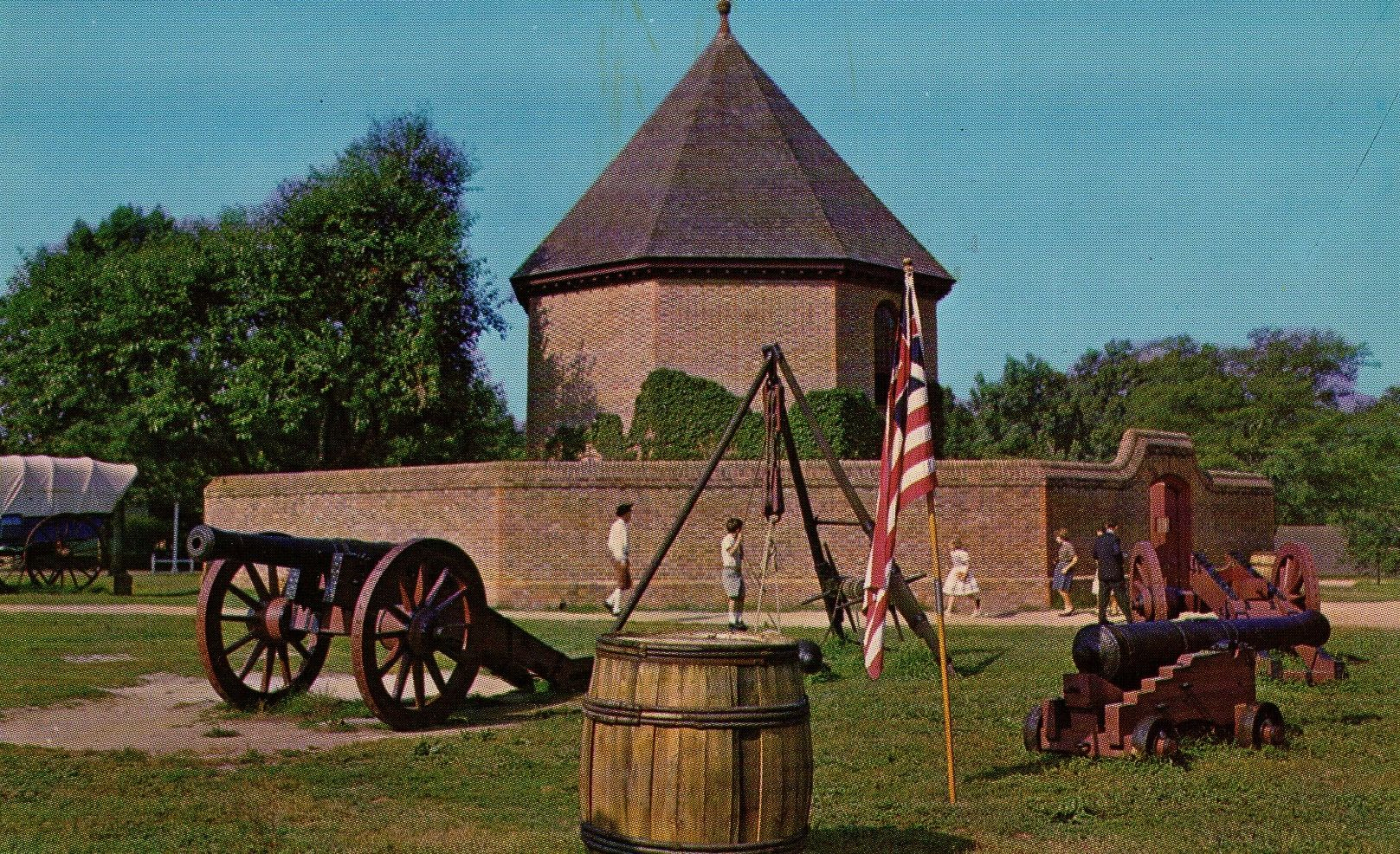 Powder Magazine, Williamsburg, VA Postcard, Williamsburg