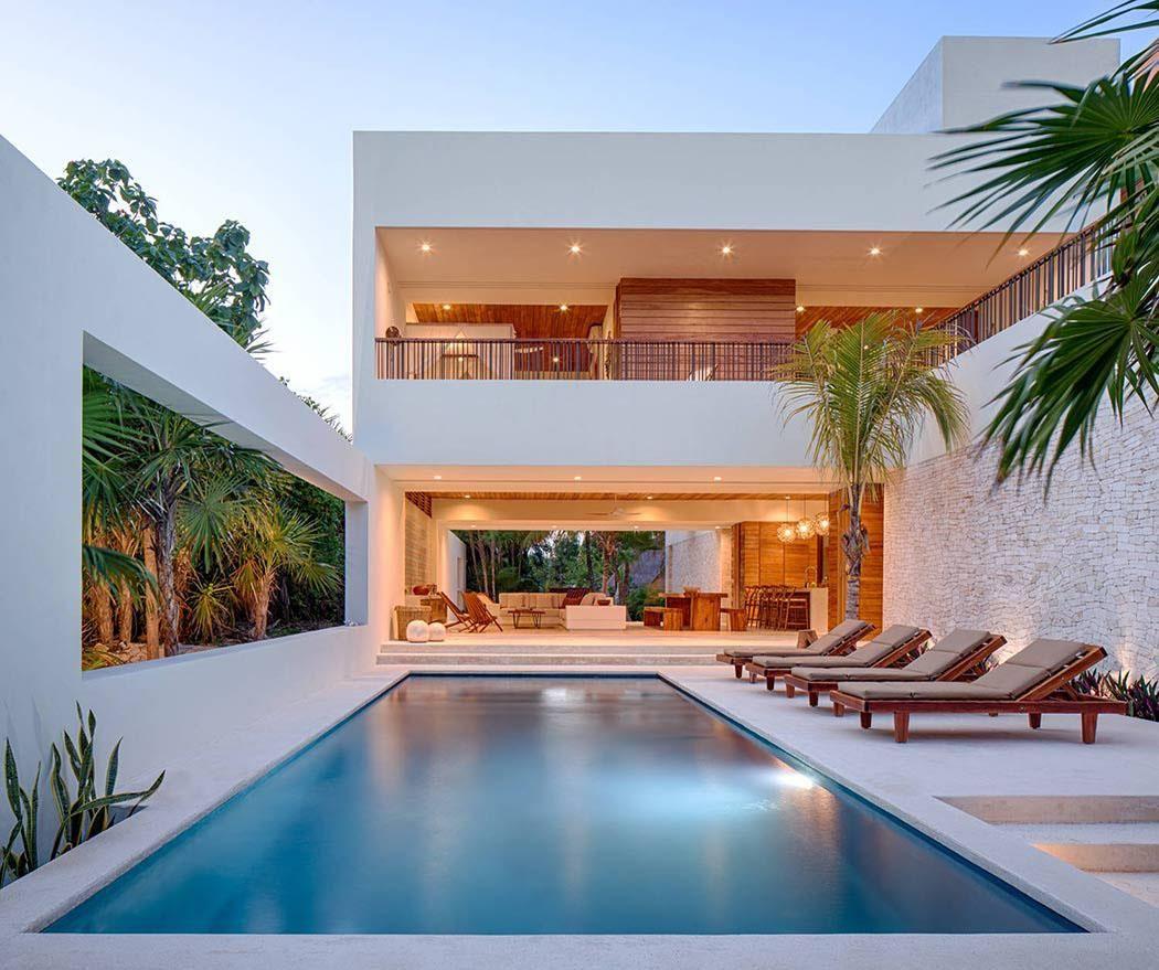 Superbe villa contemporaine louer avec magnifique vue for Maison contemporaine simple