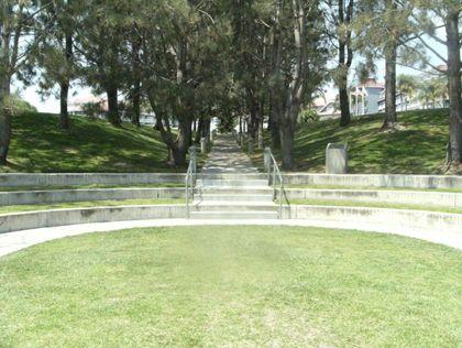 Lantern Bay Park Amphitheater Best Outdoor Theater Performances In Oc Cbs Los Angeles