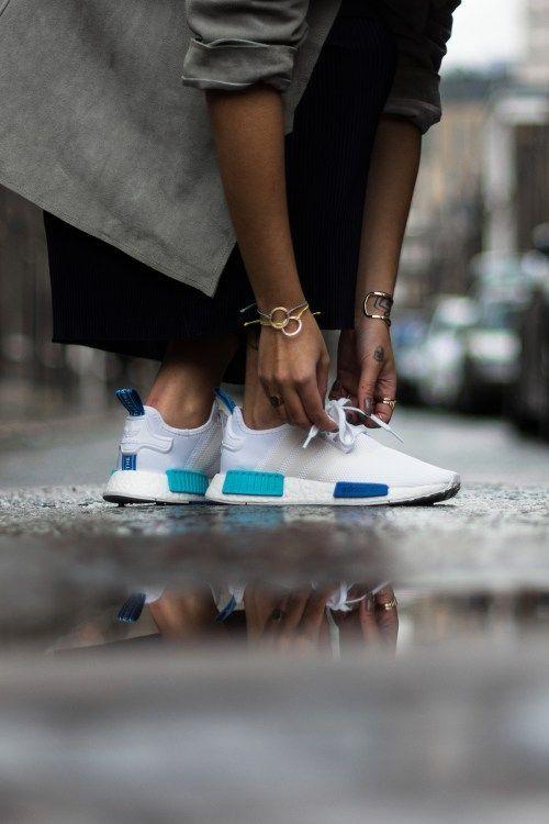 un onfeet guarda l'adidas nmd r1 rilascia in questa settimana.
