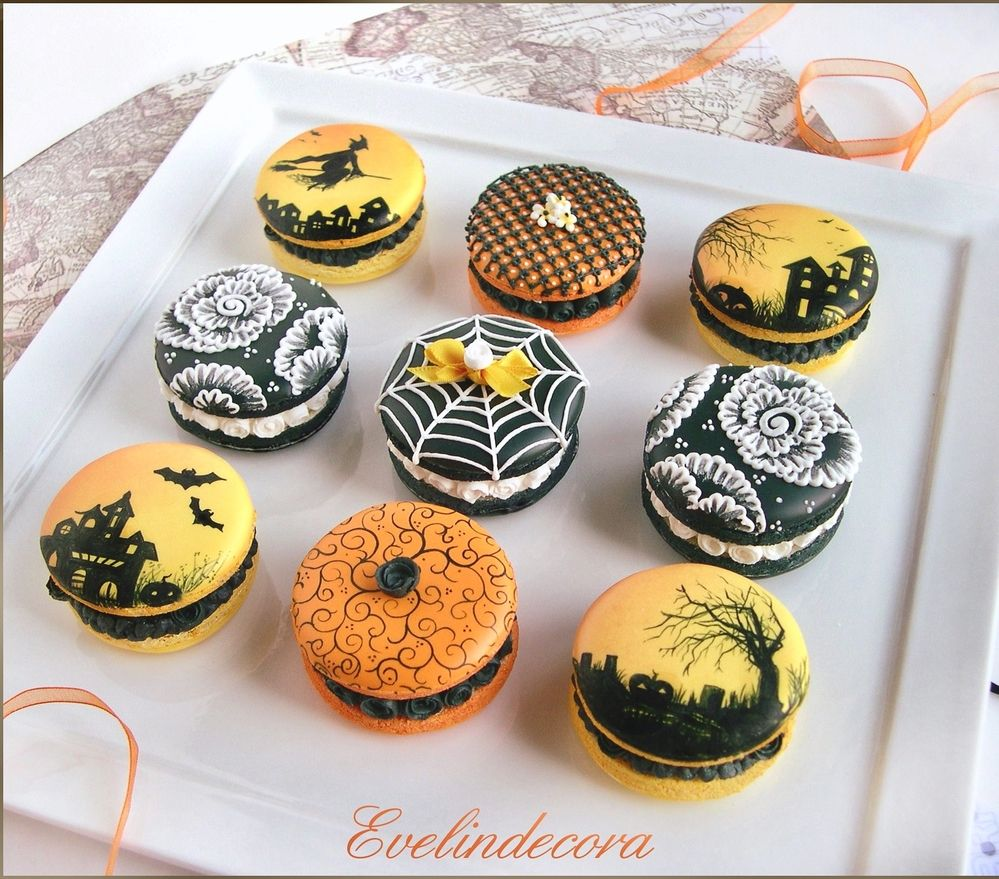 Icing cookies that look like macarons. Size:4,5 cm