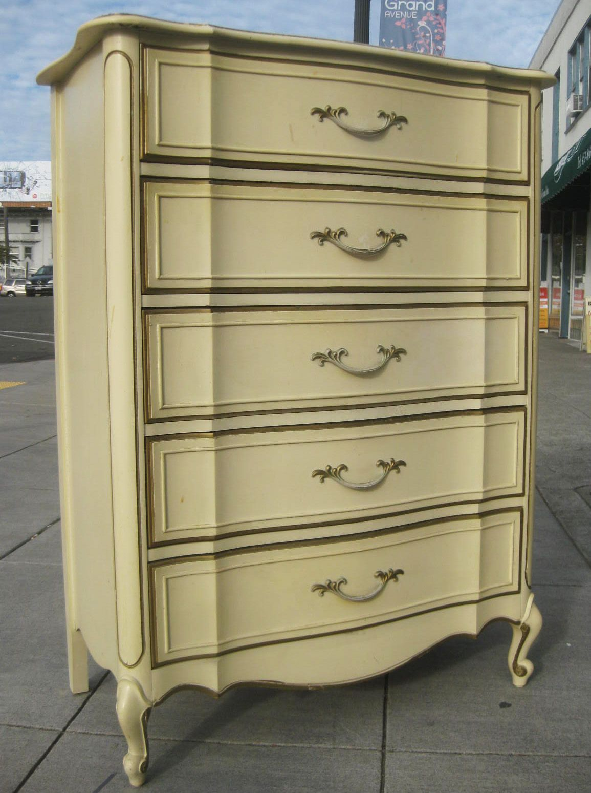 UHURU FURNITURE & COLLECTIBLES SOLD French Provincial Chest of Drawers