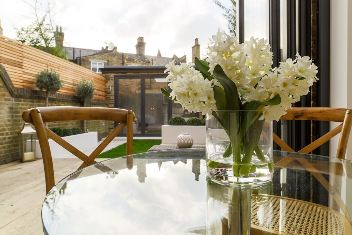 Garden view in an interior stage by London Home Staging   LHS ...