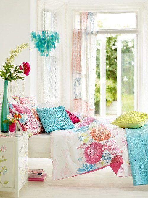 Nice spring deco bedroom